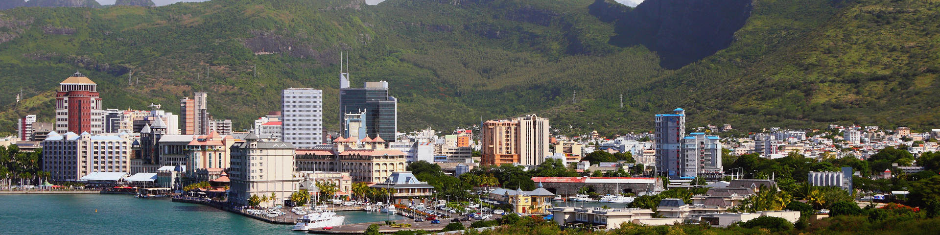 Port louis hero banner