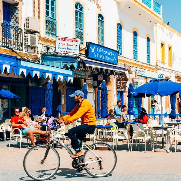 relaxed-streets-essaouira