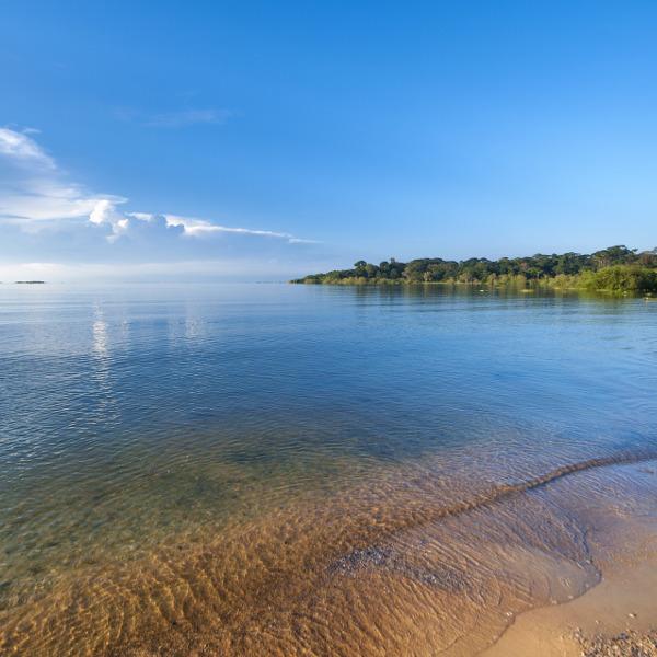 kampala-lake