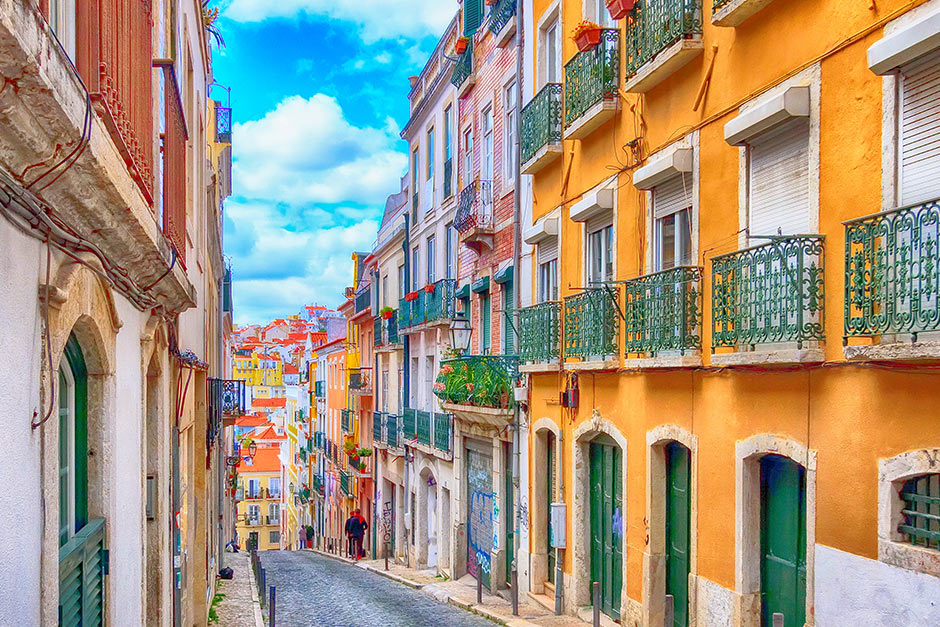Book cheap student flights to Portugal with Travelstart