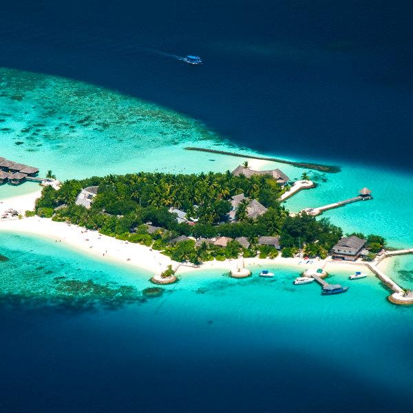 surrounding islands