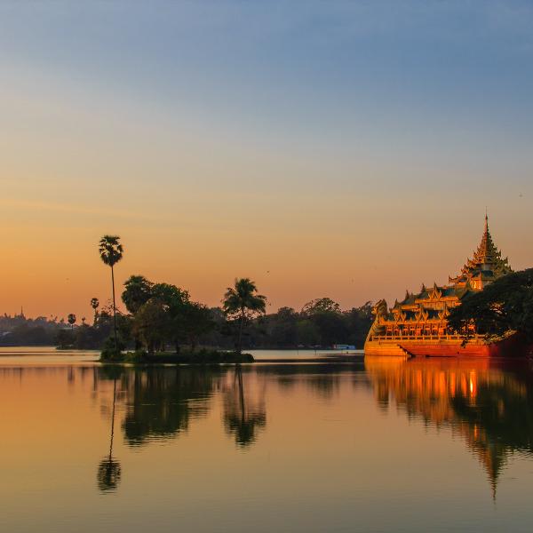 yangon-lake-inya-tranquil