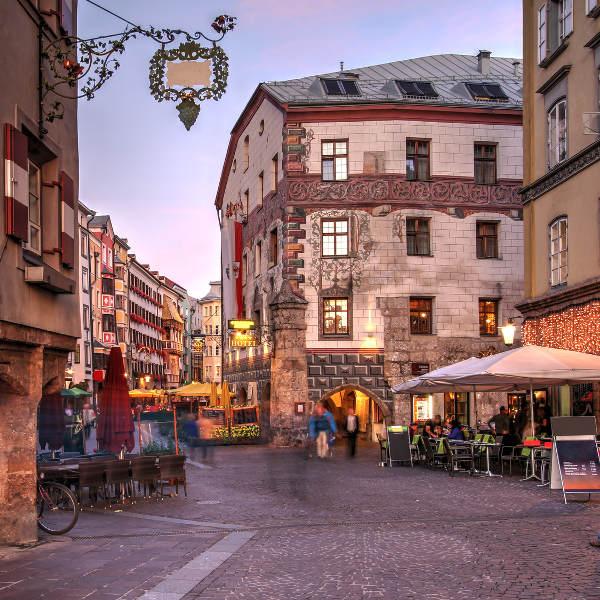 innsbruck city restaurants on street