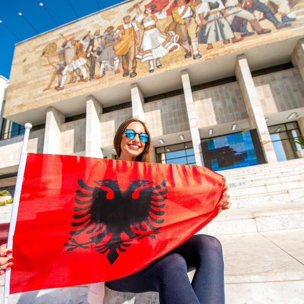woman-smiling-tirana-museum