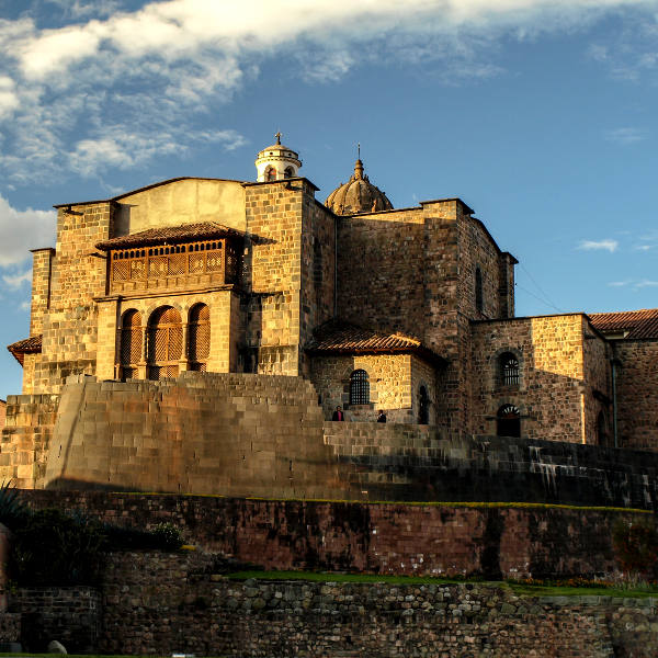 cusco ruins and architecture