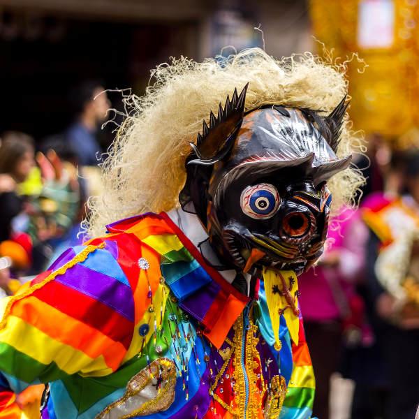 cusco colourful culture