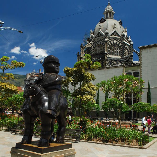 medellin botero plaza