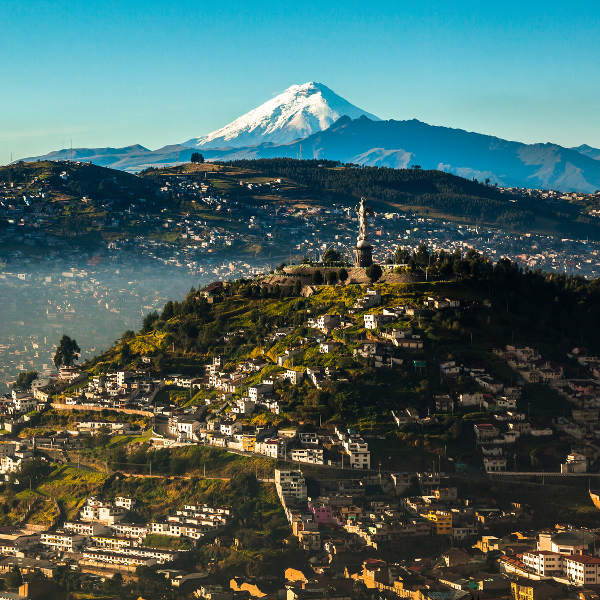 quito el panecillo and volcano