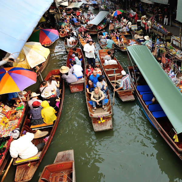 Damonen Saduak Floating Market Bangkok