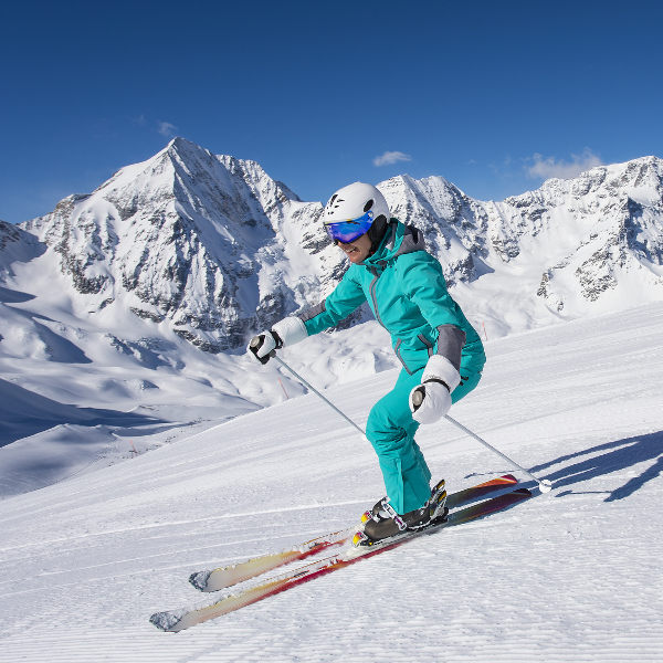 lady skiing
