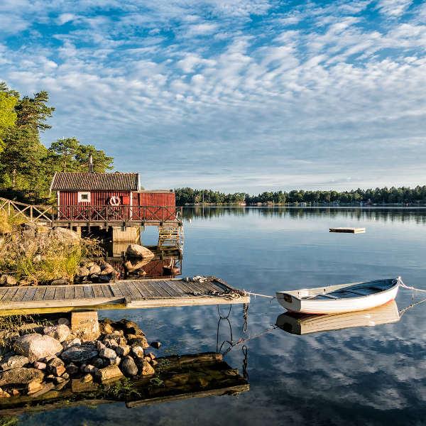 nature-lake-sweden