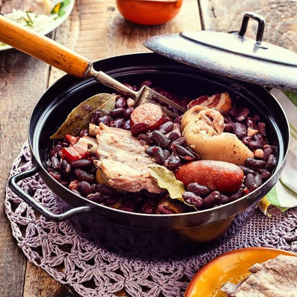 feijoada-angola-cuisine