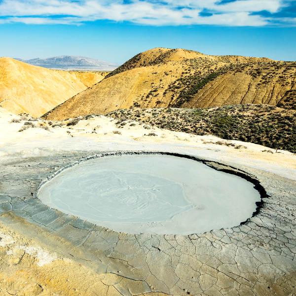 azerbaijan mud volcanoes